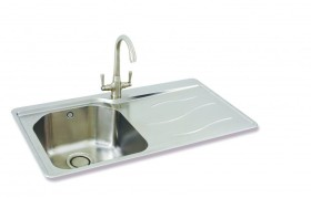 Maui 90 shown with Opus Tap in Brushed Nickel Finish