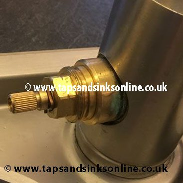 4276R Valve in tap with Bush 3868R