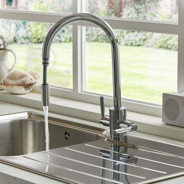 Garda Pull Out Tap3524 Lifestyle